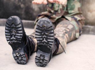 Nietypowa, wygodna, a teraz nawet modna? To odzież militarna.