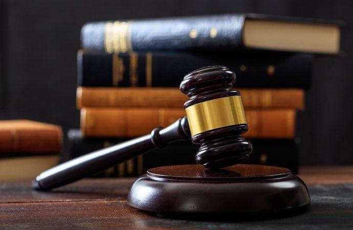 Jak załatwić adwokata z urzędu?
