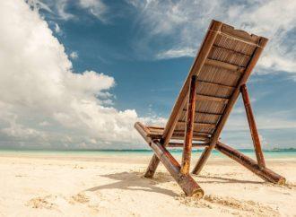 Aranżacja salonu – designerskie krzesła